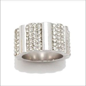 18K White Gold & Pavé Scallop Ring